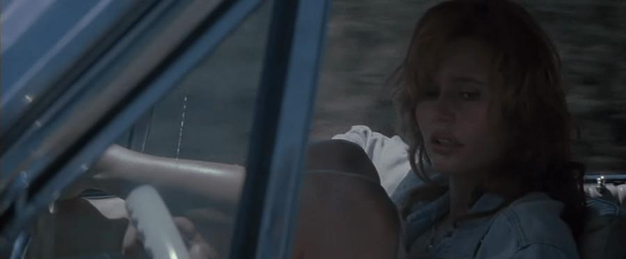 Thelma-y-Louise-Necesitaremos-dinero-02-900x373 Cómo se escriben escenas con vehículos