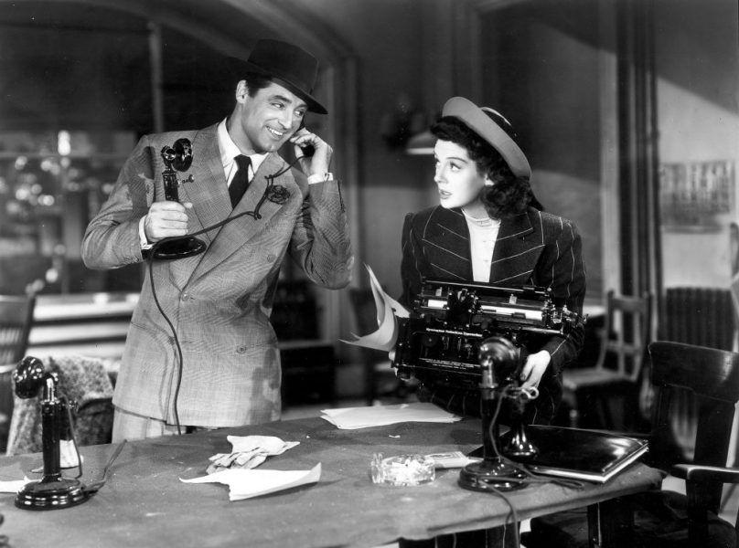 his-girl-friday-1939-001-cary-grant-rosalind-russell-phone-00m-ego1-808x600 Cómo  usar el teléfono en los guiones